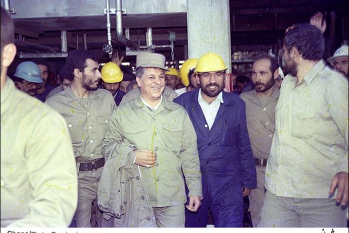 نقش آیت الله هاشمی رفسنجانی بر صنعت نفت + تصاویر کمتر دیده شده از وی