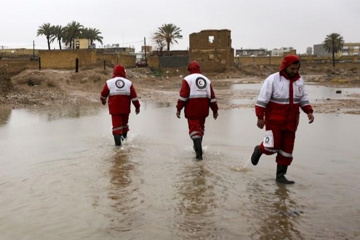 3 نفردر کشور قربانی سیل و آبگرفتگی شدند/ انتقال 14 نفر به مراکز امن