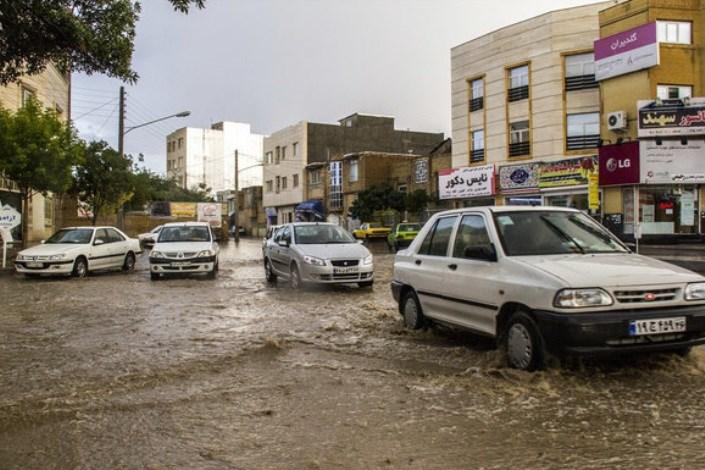بارندگی شدید و گرفتگی معابر