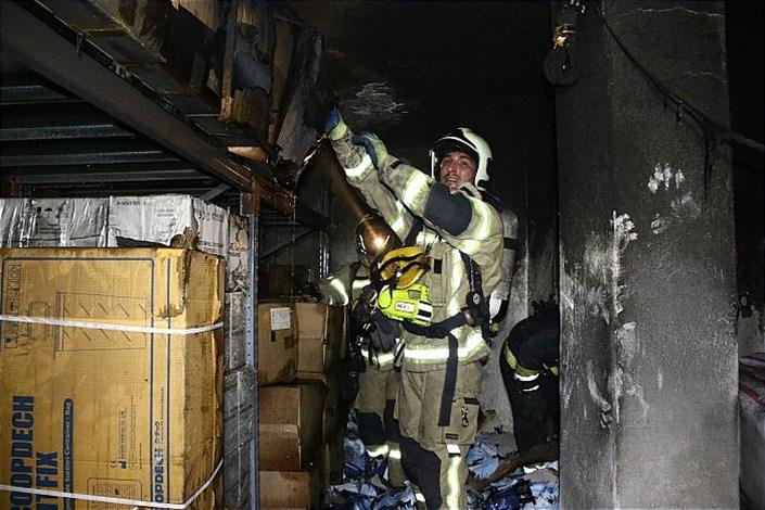 مهار آتش سوزی در بیمارستان خیابان توانیر
