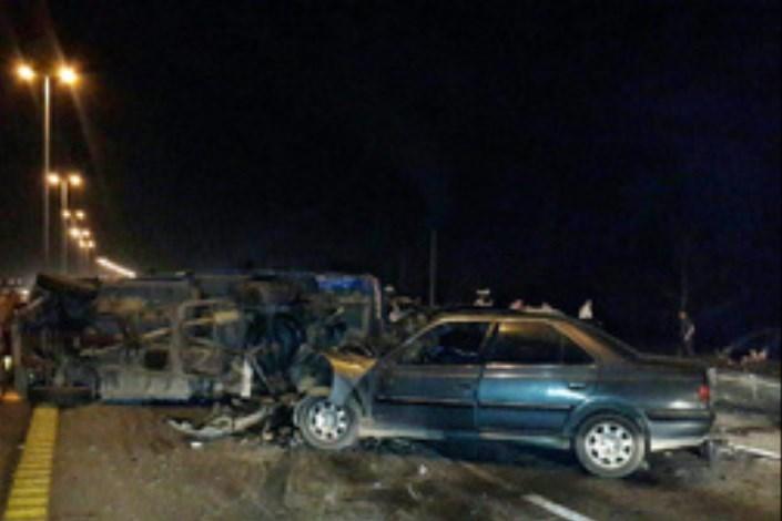 در تصادف دو  خودرو  در جاده  هراز 7 نفر مصدوم شدند