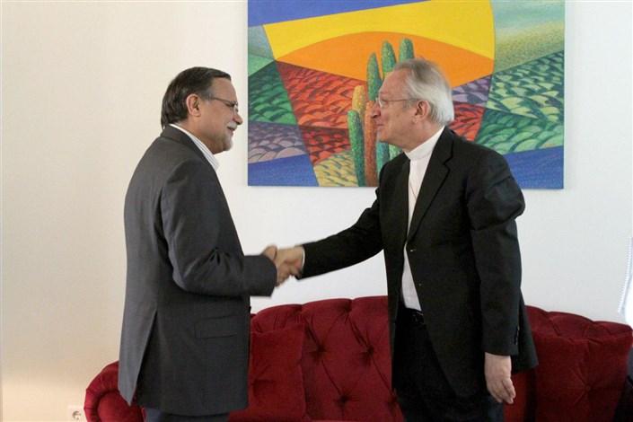 سفیر کشور واتیکان با  رییس موسسه فرهنگی اکو دیدار کرد