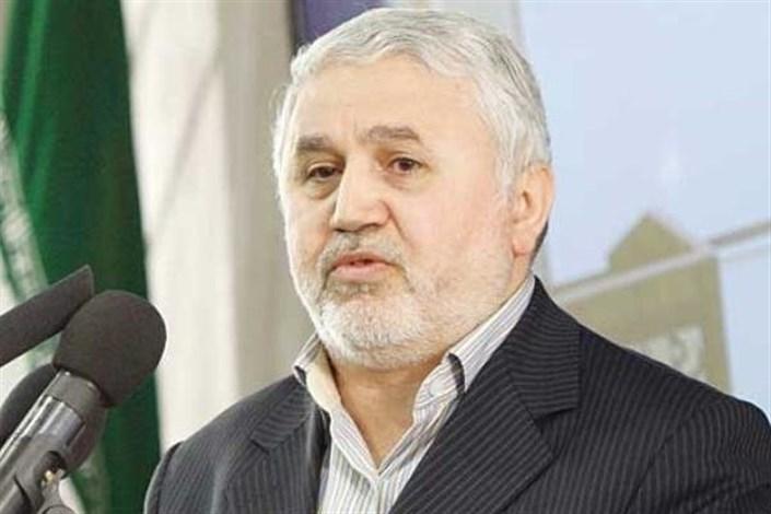 دانشگاه آزاد اسلامی در حفظ سرمایههای انسانی کشور موفق عمل کرده است