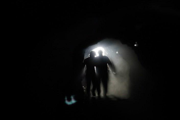 مسمومیت با گاز co در معدن سنگ روستای نشلنج/4 نفر مصدوم شدند