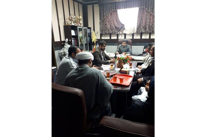 جلسه ستاد برگزاری هفته پژوهش و فناوری دانشگاه آزاد اسلامی واحد سراوان برگزار شد