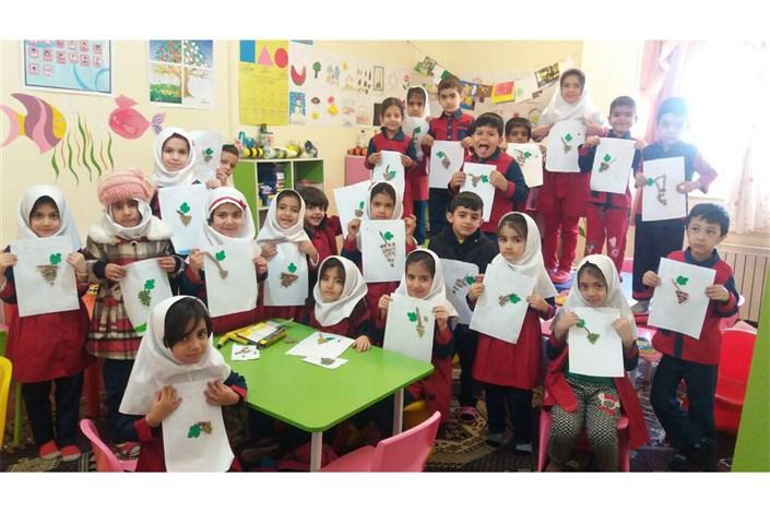 تقدیر رئیس سازمان سما از مسئول راه اندازی مدارس سما واحد بافت