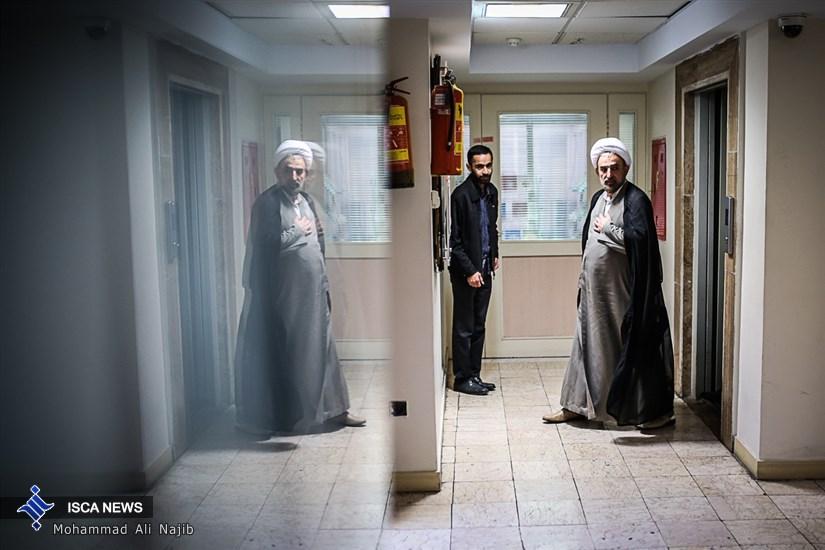 بازدید رییس دانشگاه مذاهب اسلامی از مجموعه خبر گزاری های دانشگاه آزاد
