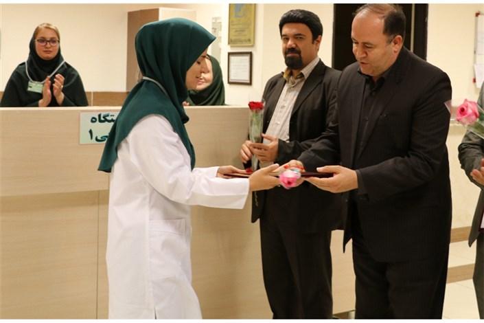 رییس دانشگاه آزاد واحد مهاباد روز پرستار را تبریک گفت