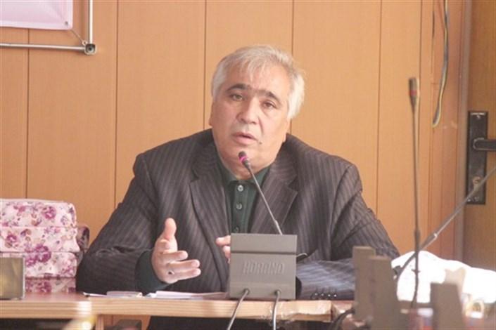 استاد دانشگاه آزاد اسلامی بافت، پژوهشگر برتر استان کرمان شد