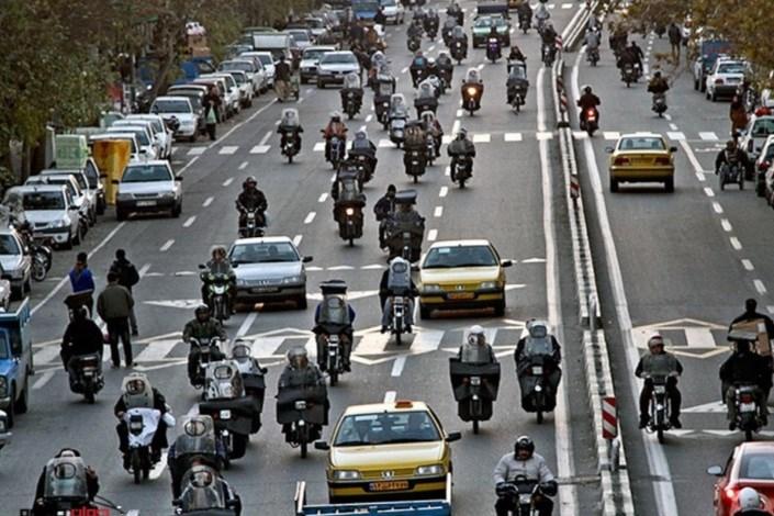 رها شدن  موتورسیکلتها در شهر
