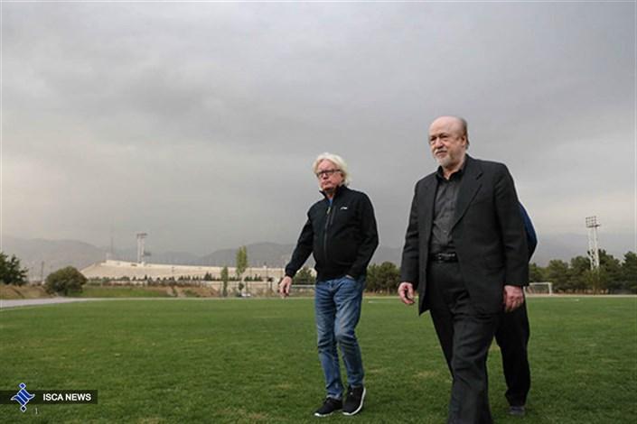 شفر همچنان در تهران/نگرانی های مربی وجلسات پی در پی!