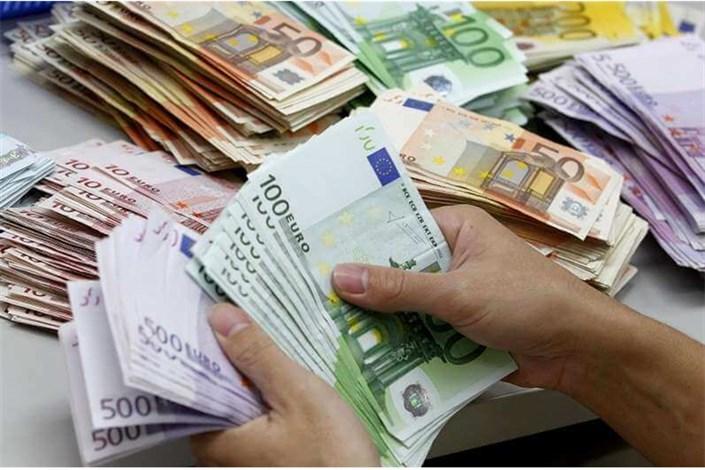 نرخ جدید ارز بین بانکی اعلام شد/ پوند و یورو کاهش یافت + جدول