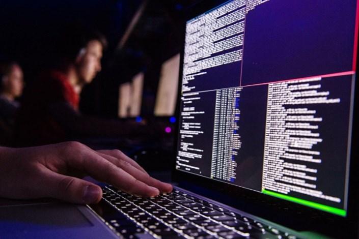 محدودیتها برای حمله سایبری به مخالفان آمریکا لغو شد