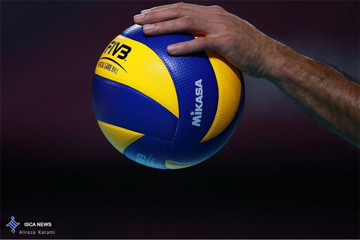 همگروهی دانشجویان والیبالیست ایران با کانادا، برزیل، فرانسه و لهستان
