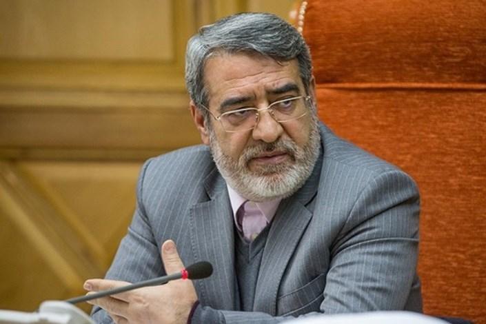 ابراز نگرانی وزیر کشور از آمار انبارهای هلال احمر