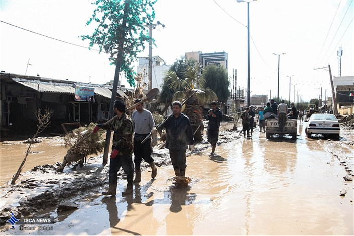 کمک های نقدی و غیرنقدی واحد تنکابن به سیل زدگان