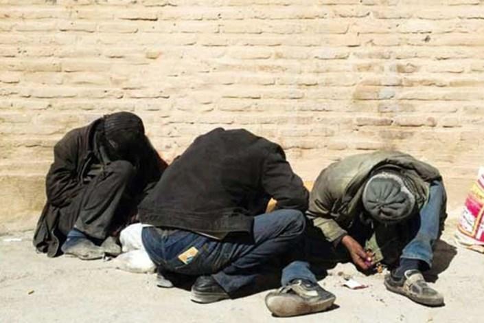 فعالیت اتوبوسهای سیار برای بیخانمانهای تهران متوقف شد
