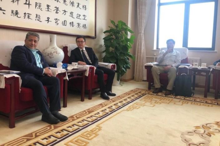 رنجبر از آکادمی علوم چین بازدید کرد