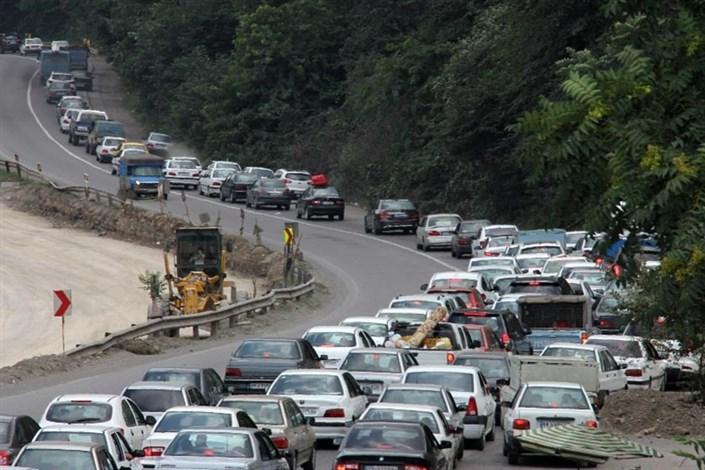 تداوم ترافیک سنگین در جاده چالوس و هراز