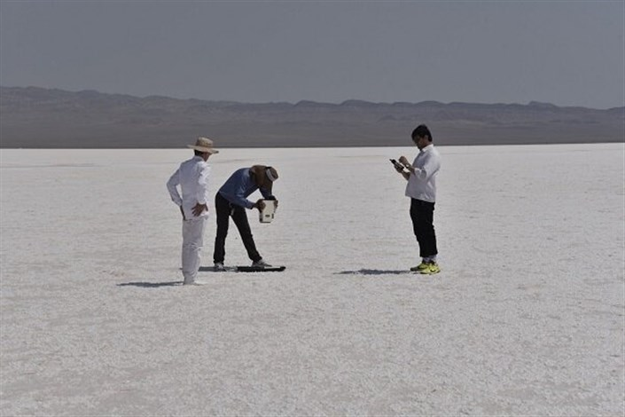 پتانسیل دریاچه نمک قم برای احداث سایت کالیبراسیون ماهواره