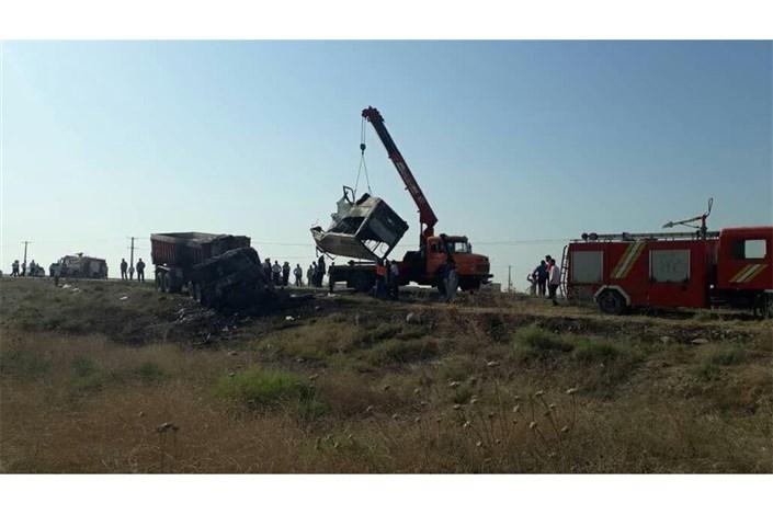 اسامی فوتیهای تصادف مینی بوس با کامیون