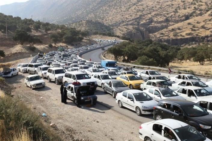 ترافیک سنگین در جاده های  منتهی به پایانههای مرزی/ تردد روان در جادههای شمال