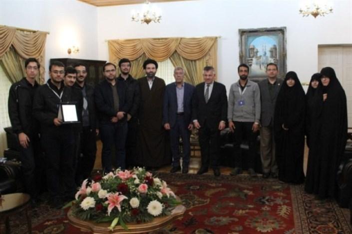 جمعی از دانشجویان دانشگاه صنعتیشریف با سفیر کشور عراق دیدار کردند