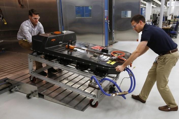 امکان شارژ خودروهای برقی تنها در 10 دقیقه