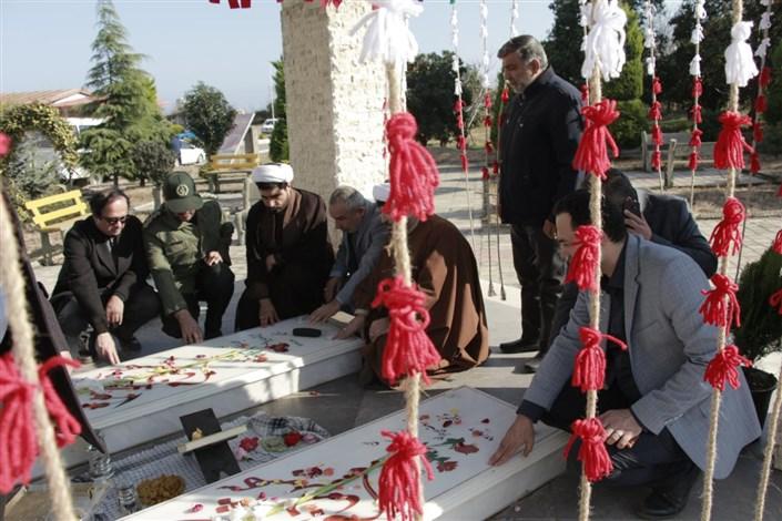 پنجمین یادواره ۲ شهید گمنام خاکسپاری شده در دانشگاه آزاد اسلامی واحد رامسر برگزار شد