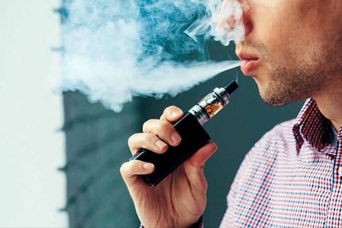 ضرر سیگار الکترونیکی برای دهان