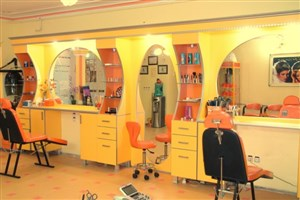 فعالیت 20 هزار آرایشگاه زنانه غیرمجاز