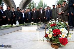 رییس دانشگاه آزاد اسلامی در واحد شهرکرد / کلنگ زنی شهرک فناوری آزاد