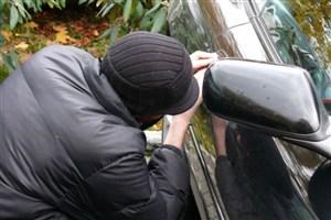 توصیه های یک دزد خودرو / با قفل زدن نمیشود جلوی دزد رو گرفت!