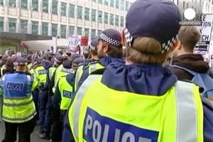 ویدیو /  اعتراض دانشجویان در لندن به شهریه زیاد دانشگاه ها