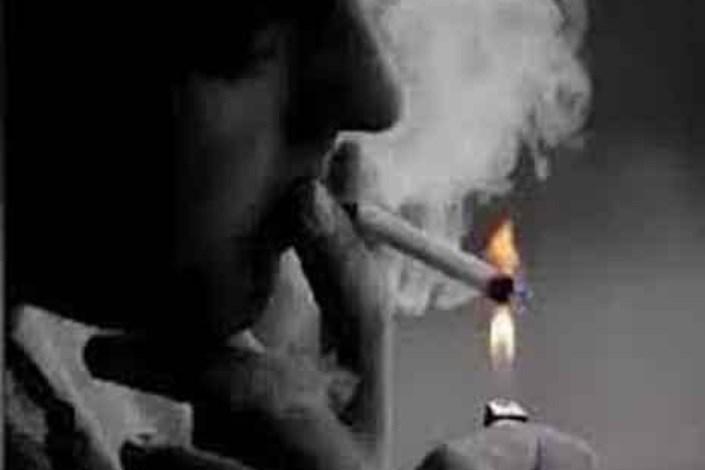 خطر استعمال سیگار در منزل