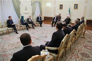 زمینه برای تعمیق همکاریهای مشترک ایران و اروپا فراهم است / مبارزه با تروریسم و کمک به آوارگان وظیفهای انسانی است