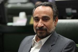 خباز: احمدینژاد از در خاصی به دادگاه آمد و بازجویی شد