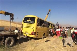 اتوبوس ولوو  با ۲۳ مسافر در سمنان از جاده خارج شد/3 نفر مصدوم شدند