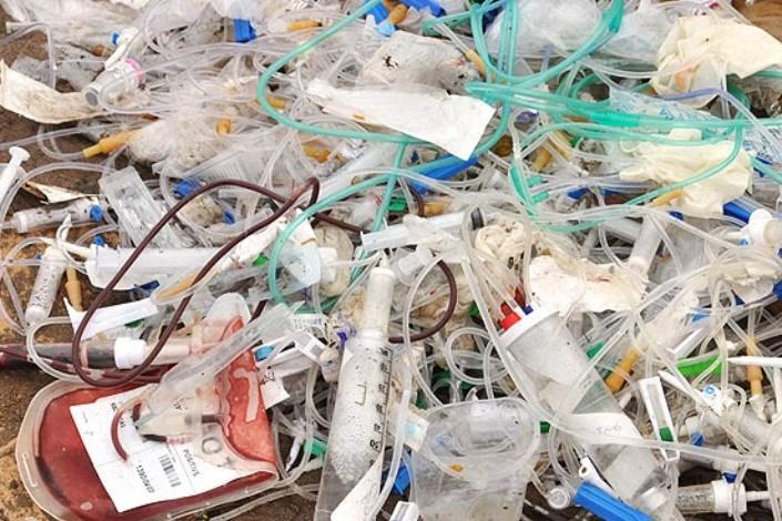 زباله های بیمارستانی