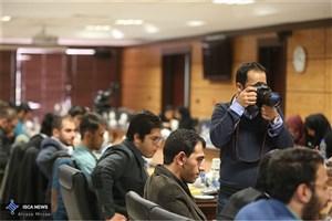 نشست صمیمانه جمعی از فعالان تشکلهای دانشجویی دانشگاه آزاد اسلامی با مسئولان دانشگاه