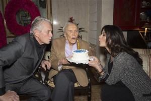 جشن تولد 99سالگی آقای بازیگر