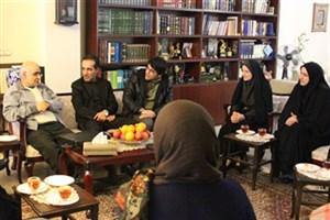 هوشنگ مرادی کرمانی: ایرانی ها مانند پیاز لایه لایه هستند!