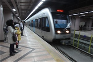 برنامه شهرداری برای دستفروشان مترو/ پای پلیس وسط میآید؟