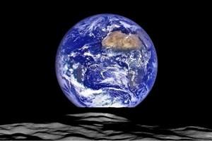 تصویری متفاوت از زمین با حضور ماه!