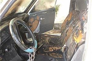 آتش سوزی خودرو در چهارراه لشگر/5نفرمصدوم شدند