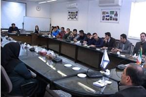 نشست صمیمی رییس دانشگاه آزاد اسلامی لاهیجان با دانشجویان