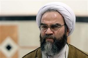 غرویان: برخی روحانیون به دعایی که احمدینژاد در ابتدای سخنرانیهایش میخواند دل خوش کرده بودند