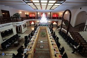 همکاری بیش از 496 نفر از فرهیختگان و صاحبنظران سراسر کشور از طریق هیات های امنای استانی با دانشگاه آزاد اسلامی