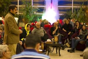 سعید اسدی: جشنواره تئاتر فجر فرصت بسیار مناسبی برای نمایش توانایی های تئاتر ایران به جهان است