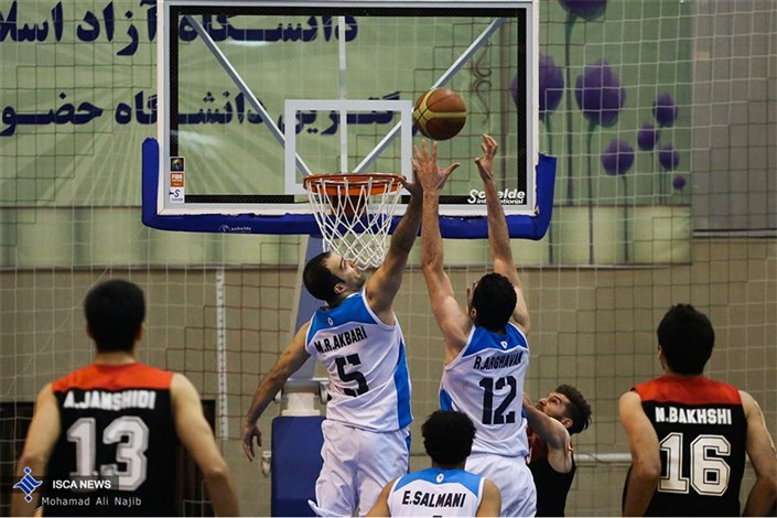 دیدار بسکتبال بین تیم های دانشگاه آزاد اسلامی و ثامن مشهد